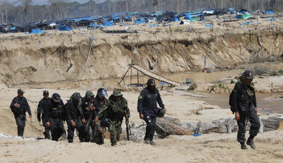 Madre de Dios: inician megaoperativo contra minería ilegal : CooperAcción